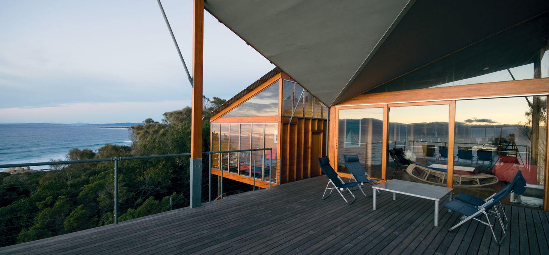 Bay of Fires Lodge Tasmania deck